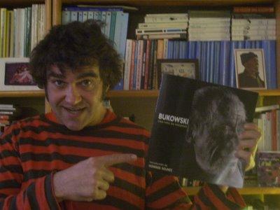 Los recuerdos del abismo: Mi vida en la penumbra de Vicente Muñoz Álvarez/ Ajuste de cuentos de Patxi Iburzun Editorial Eclipsados, 2008